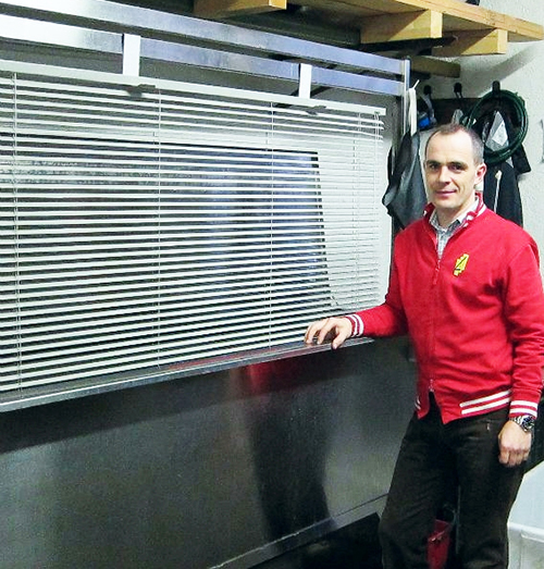 """Michele Lazzarotto with his Morantz B-136 """"Baby"""" Blind Cleaning Machine."""