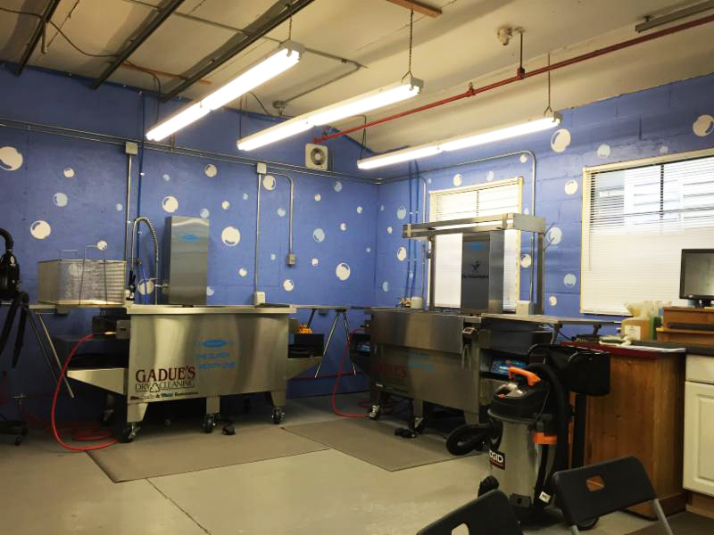 Gadue's Contents Restoration facility complete with the Morantz SM-200 Super System (and bubbles on the walls!)